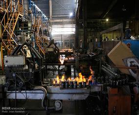 بازدید خبرنگاران از کارخانه شیشه همدان