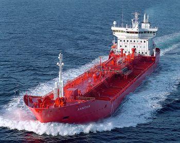کاهش ۱۸۰ هزار بشکه ای صادرات روزانه نفت ایران در آوریل ۲۰۱۴