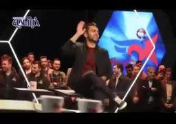 وقتی محمدحسین میثاقی خواننده میشود! +فیلم