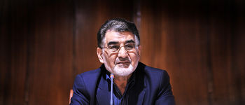 هدایای نفیس اتاق تهران به تیم های ملی والیبال و فوتبال