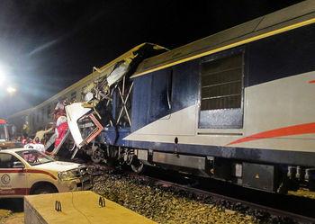 یک کشته و 35 مجروح در برخورد دو قطار در دامغان