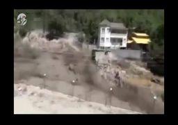 لحظه وقوع سیل در مازندران