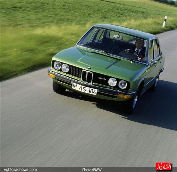 تولید خودروهای سری5 «بی ام و» در سال 1972 شروع شد ، این سری بعد از خودرو های اتاق 3 بی ام و از بیشترین محبوبیت و میزان فروش برخوردارند.