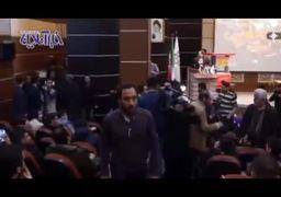 فیلم   جنجال و درگیری فیزیکی در سخنرانی قالیباف در دانشگاه علامه